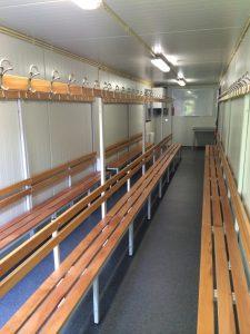 Zeecontainer omgebouwd tot geïsoleerde kantine